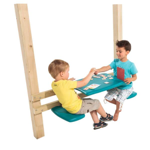 játszótéri asztalka paddal gyerekekkel