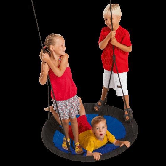 fészekhinta három gyerekkel