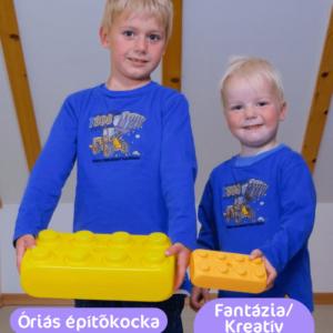 óriás fantázia építőkocka gyerekekkel